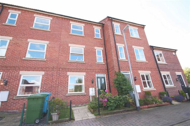 Thumbnail Town house for sale in Eldon Green, Tuxford, Nottinghamshire