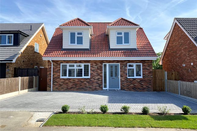 4 bed detached house for sale in Wick Beech Avenue, Wickford, Essex SS11