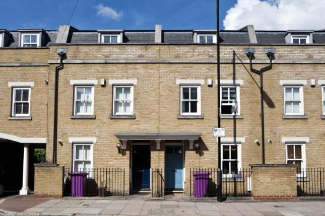 1 bed flat to rent in Sarum Terrace, Mile End