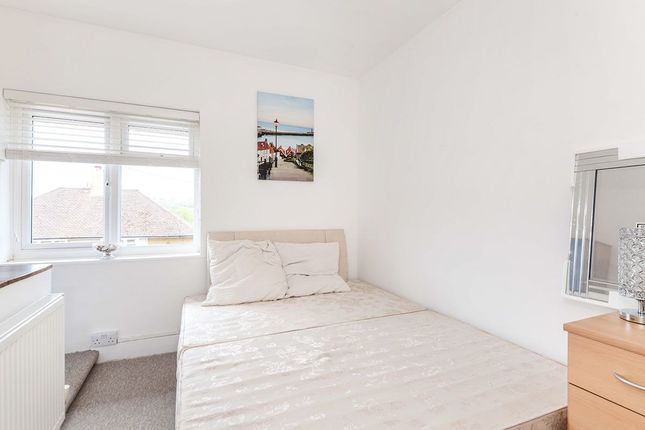 Thumbnail Room to rent in Corner Hall Avenue, Hemel Hempstead