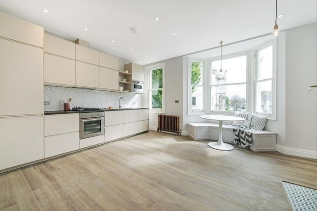 Thumbnail Flat to rent in Waldemar Avenue, Fulham