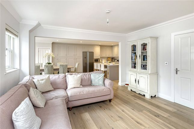 Thumbnail Terraced house to rent in Eveleigh Avenue, Bath, Somerset