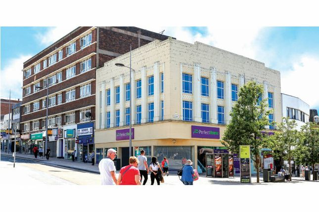 Thumbnail Retail premises to let in Piccadilly, Hanley, Stoke-On-Trent