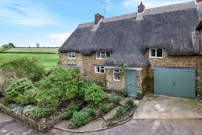 Thumbnail Cottage for sale in Upper Tadmarton, Banbury