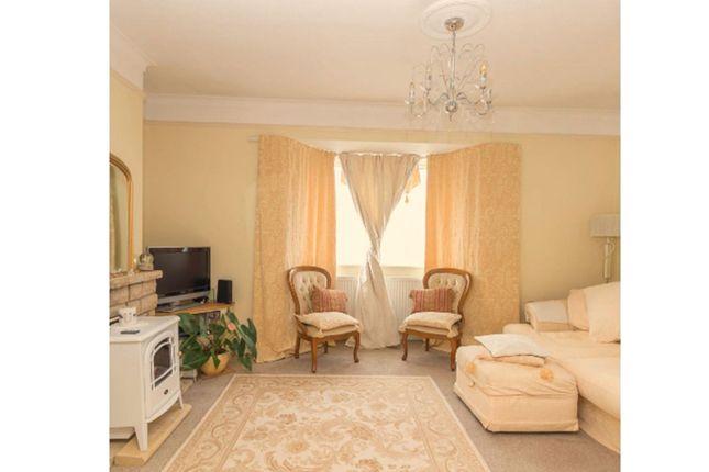 Sitting Room of Marina Crescent, Salisbury SP4