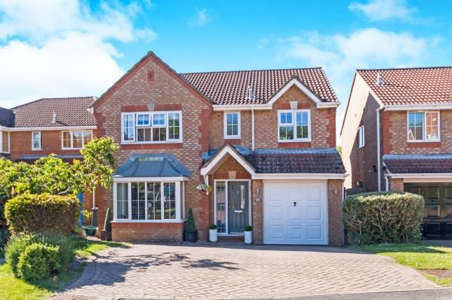 Thumbnail Detached house for sale in Hatch Warren, Basingstoke, Hampshire