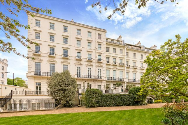 Thumbnail Flat for sale in Hyde Park Gardens, Hyde Park, London