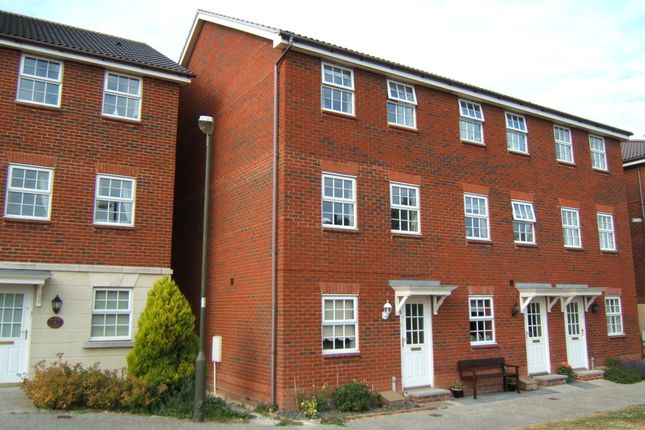 Thumbnail Town house to rent in Saxby Close, Barnham, Bognor Regis