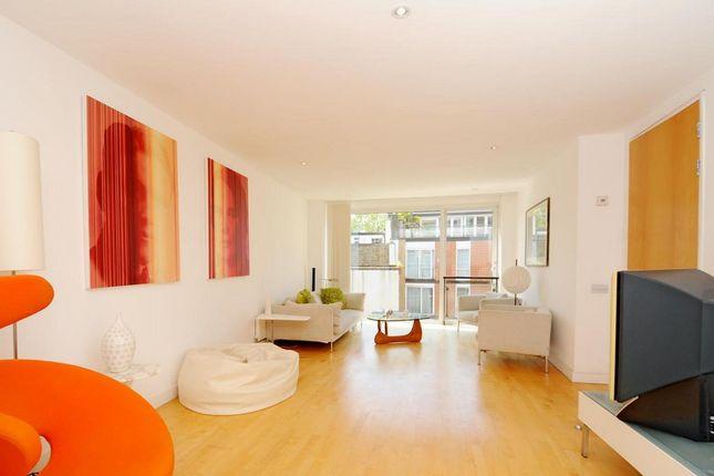 Thumbnail Flat to rent in Rose Court, 8 Islington Green, Islington