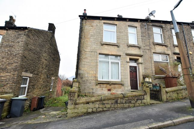 Thumbnail End terrace house to rent in Bank Street, Hadfield, Glossop