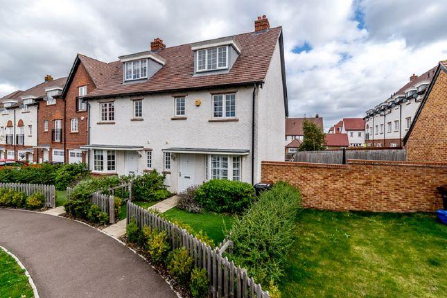 Thumbnail Semi-detached house for sale in Wissen Drive, Letchworth Garden City