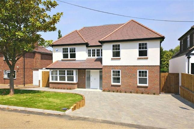 Thumbnail Detached house for sale in Links Drive, Radlett