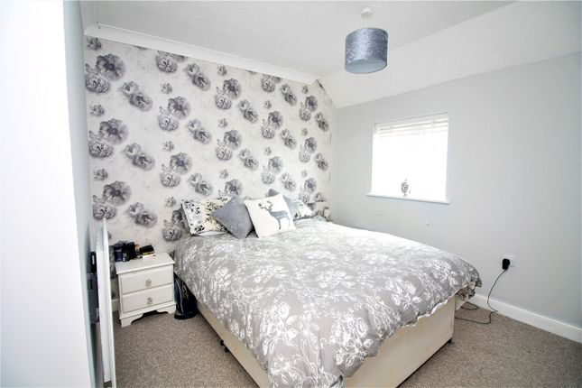 Picture No. 06 of Chetney View, Iwade, Sittingbourne ME9