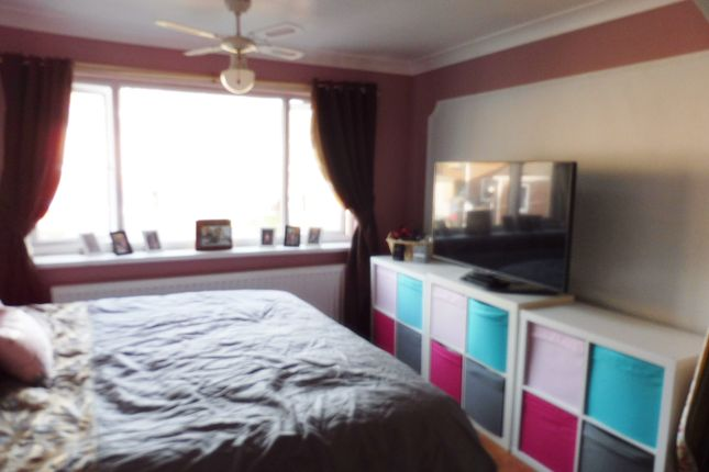 Bedroom One of Meadow View, Worsbrough S70