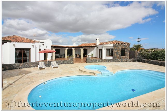 Thumbnail Villa for sale in Lajares, Fuerteventura, Canary Islands, Spain