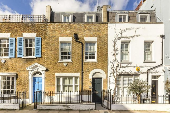 Thumbnail Property for sale in Edge Street, London