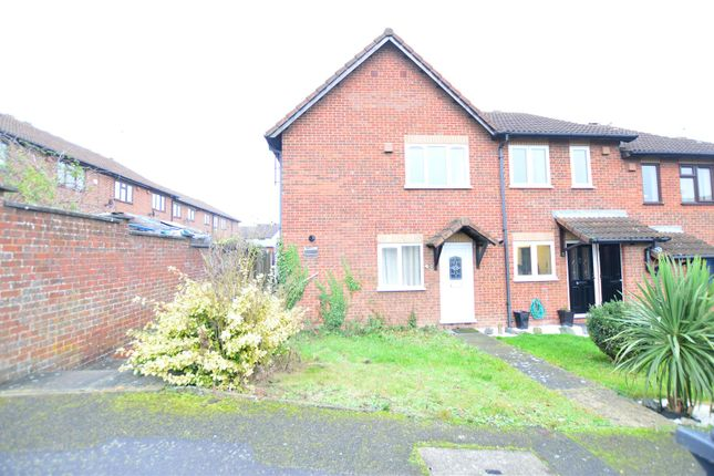 Thumbnail Terraced house to rent in Telford Drive, Cippenham, Slough