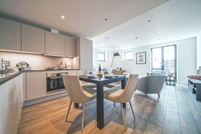 Thumbnail Flat to rent in 54 Three Colts Lane, Bethnal Green