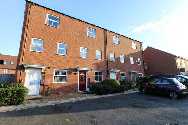 Thumbnail End terrace house for sale in Priors Grove Close, Chase Meadow Square, Warwick