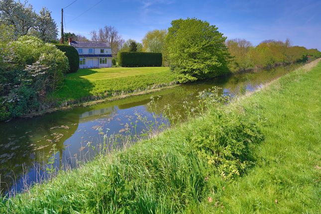 Thumbnail Cottage for sale in Frith Bank, Antons Gowt