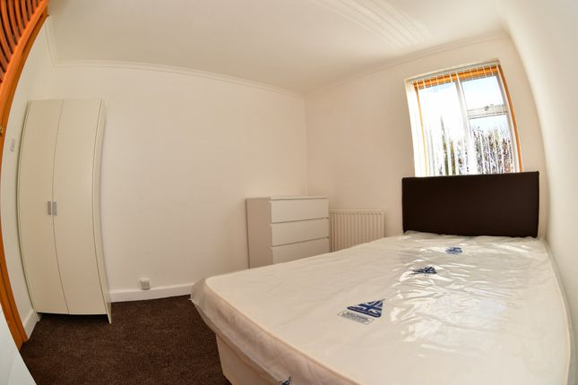 Thumbnail Room to rent in Belgrave Road, Wyken, Coventry