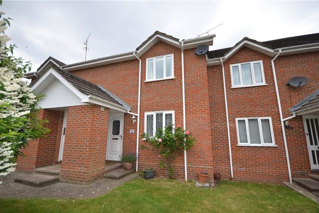 Thumbnail Flat for sale in Thornfield Green, Blackwater, Surrey