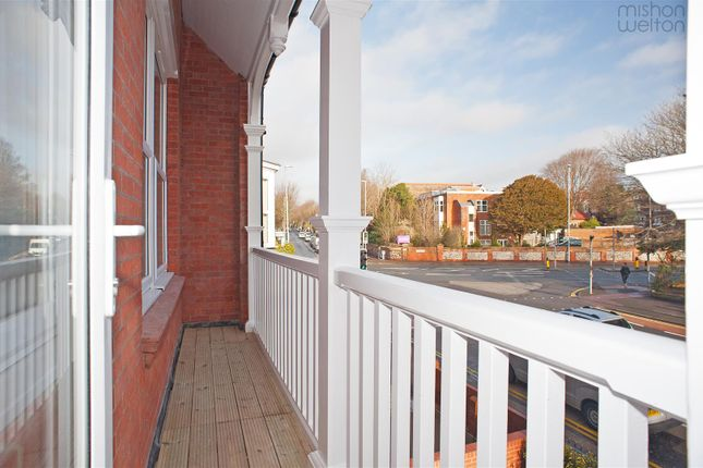 Thumbnail Flat for sale in Dyke Road, Hove