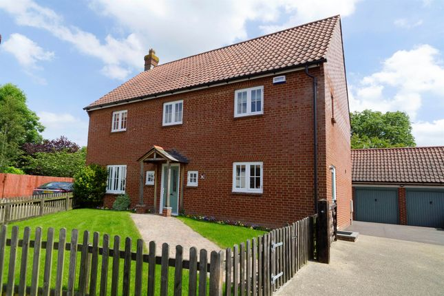 Thumbnail Detached house for sale in Lovage Way, Mere, Warminster