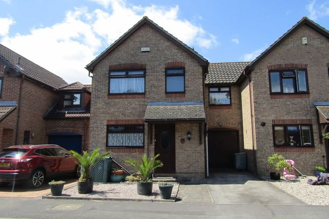 Thumbnail Link-detached house for sale in Moorland Close, Locks Heath, Southampton