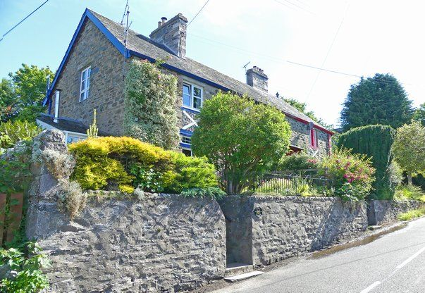 Thumbnail End terrace house for sale in Kirk Lodge, Pitlochry