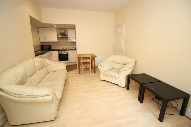 Thumbnail Flat to rent in Grosvenor Road, Jesmond, Newcastle Upon Tyne