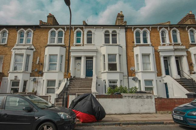 Thumbnail Flat for sale in Mosslea Road, London