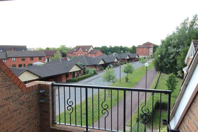 Thumbnail Flat to rent in Portishead Drive, Tattenhoe, Milton Keynes