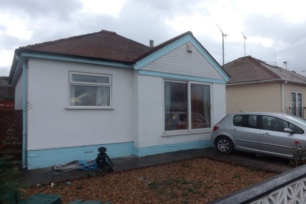 Thumbnail Detached bungalow to rent in Clwyd Gardens, Kinmel Bay, Rhyl
