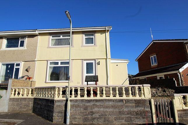 Thumbnail Property for sale in Cil Hendy, Pontyclun, Rhondda, Cynon, Taff.