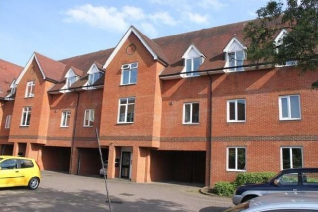 1 bed flat to rent in Bluecoat Court, Hertford