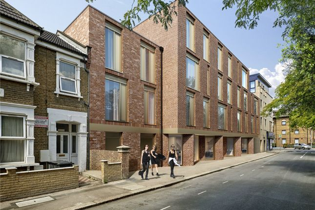 Thumbnail Flat for sale in Bickley Road, Flat 1, London
