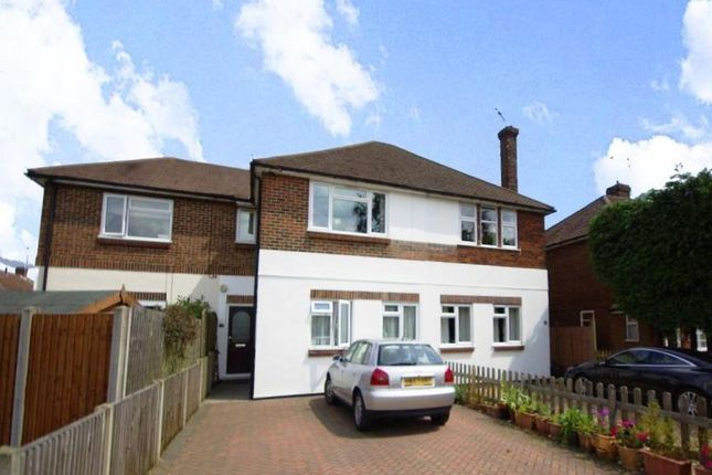 2 bed flat to rent in Cottonmill Lane, St.Albans AL1