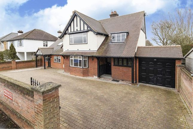 Thumbnail Detached house for sale in Albury Walk, Cheshunt, Waltham Cross