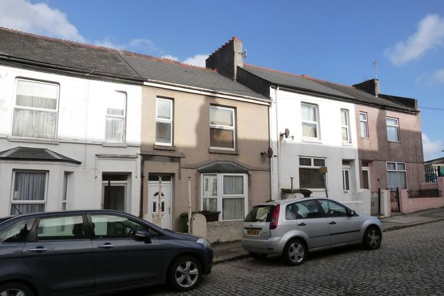 Thumbnail Terraced house for sale in Oakfield Terrace Road, Plymouth