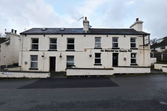 Thumbnail Pub/bar for sale in Shore Road, Glen Maye