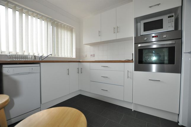 Thumbnail Bungalow to rent in Clarkson Road, Lingwood, Norfolk