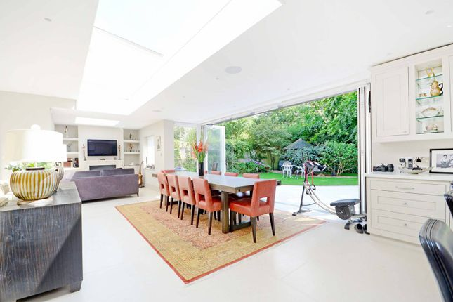 5 bed property for sale in York Avenue, East Sheen