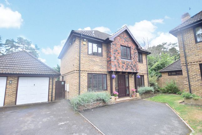 Thumbnail Detached house to rent in Woodlands, Harmans Water, Bracknell, Berkshire