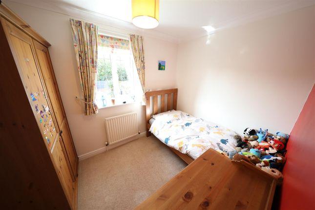 Bedroom 3 of Orkney Close, Hull HU8