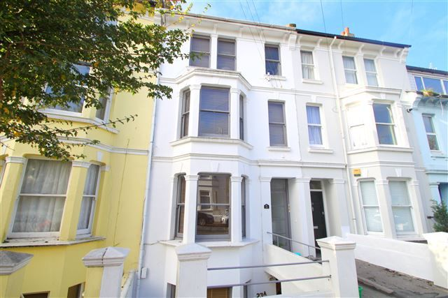 3 bed maisonette for sale in 23 Warliegh Road, Brighton