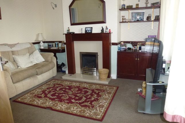 Lounge of Leyfield Road, Leyland PR25