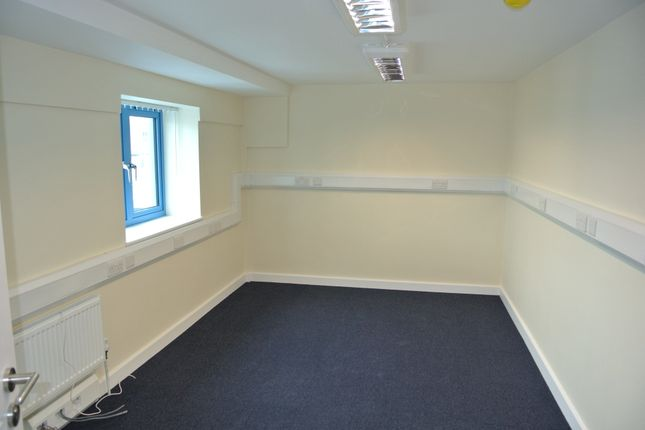 Thumbnail Office to let in Dalmeyer Road, Willesden