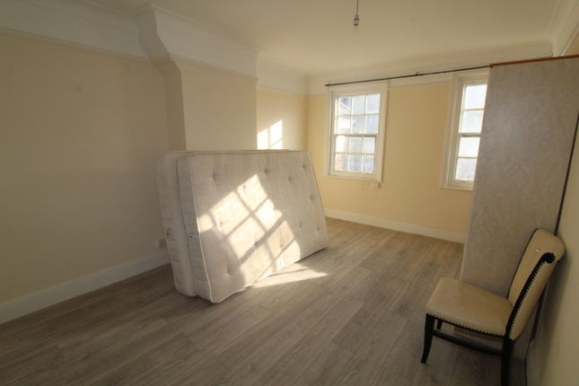 Thumbnail Flat to rent in Edgware, London