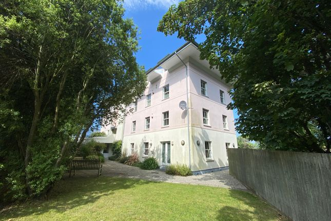 Thumbnail Flat to rent in Holm Oak Apartments, Melvill Road, Falmouth